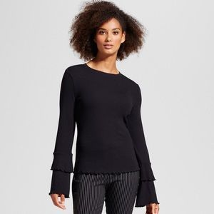 WHO WHAT WEAR Ruffle bell sleeve ribbed top